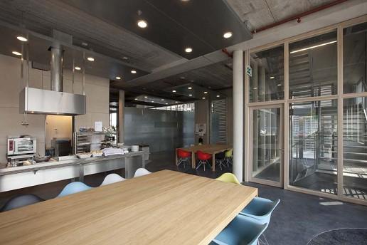 Architectenmaatschap groeneweg van der meijden bedrijfshal en kantoor merford - Kantoor transparant glas ...