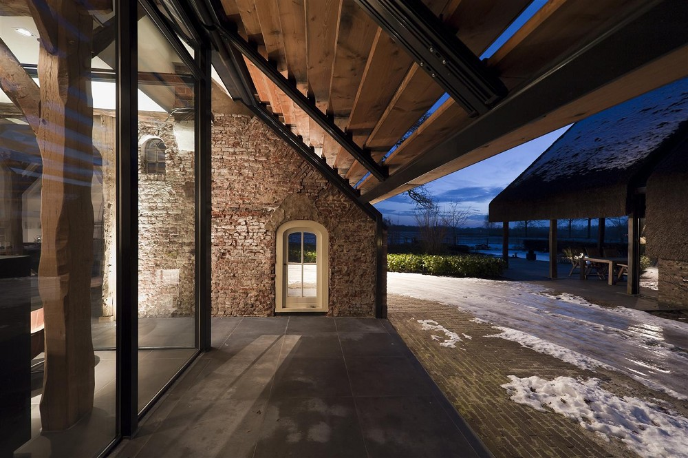 maas architecten lochem verbouw boerderij tot woonhuis. Black Bedroom Furniture Sets. Home Design Ideas