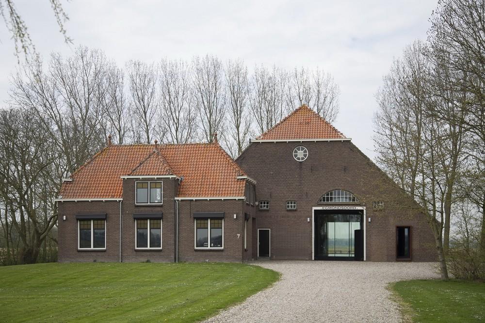 Roosros architecten eigentijds wonen in een oude landbouwschuur - Eigentijds gebouw ...