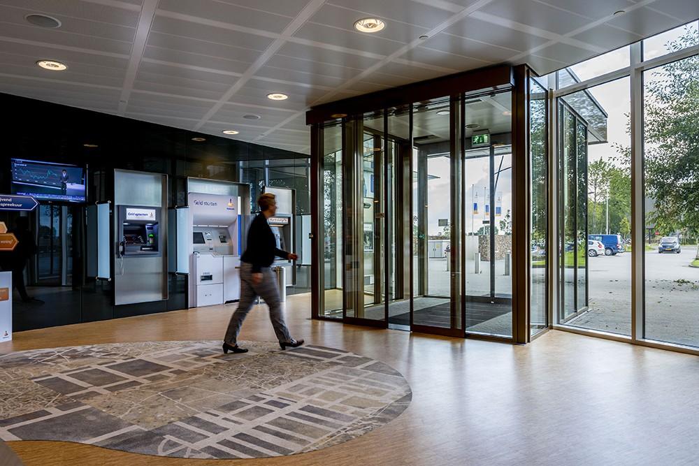 Boon edam nederland b v het visitekaartje van een gebouw de entree - Versier een entree ...