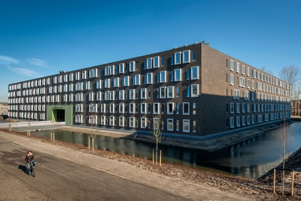 studentenhuisvesting x-ray delft geopend - architectenweb.nl