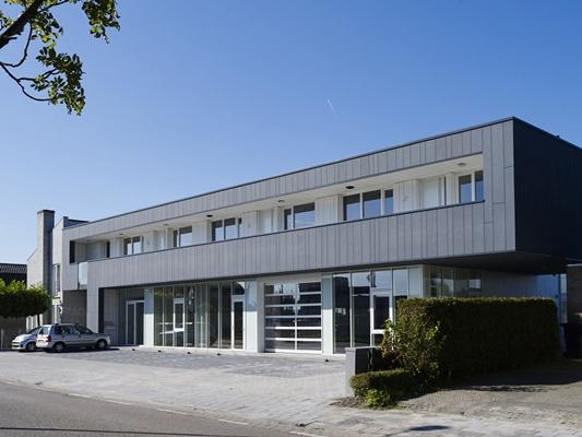 Enzo architectuur interieur bedrijfspand met drie