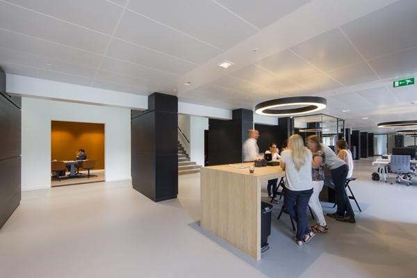 Roosros architecten bolidt - Eigentijdse entreehal ...
