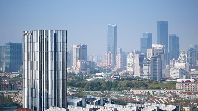 Abstract lijnenspel in hart van shanghai for Interieurarchitecten nederland