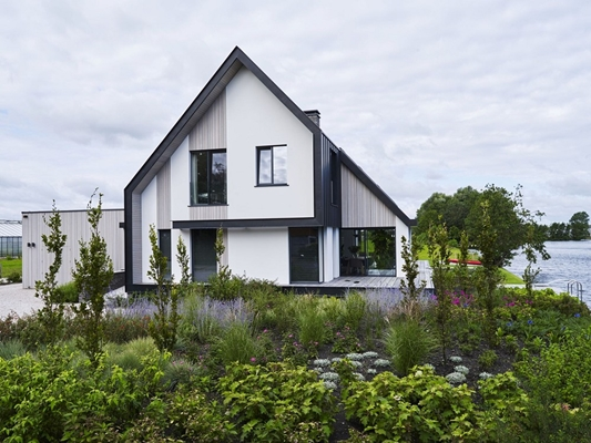 Enzo architectuur & interieur ® nieuwbouw: villa aan het water