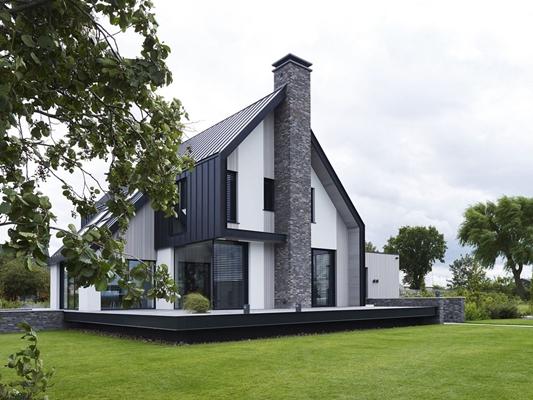 Enzo architectuur interieur nieuwbouw villa aan het water