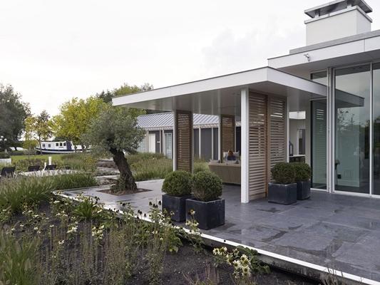 Enzo architecten. elegant abingdon replacement dwelling with enzo