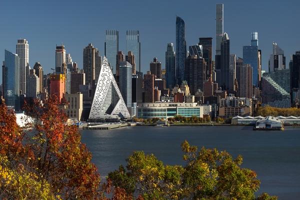 Slaapbank Manhattan Vd.Manhattan Heeft Een Courtscraper Van Big Architectenweb Nl