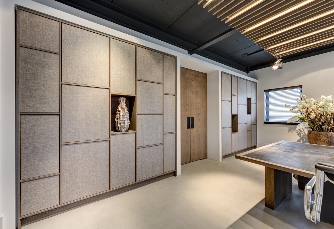 Decolegno bv inrichting kantoor met decoratief plaatmateriaal