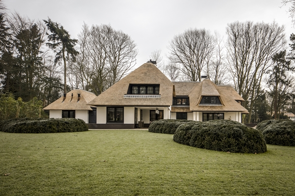 Kabaz villa met internationale allure architectenweb.nl