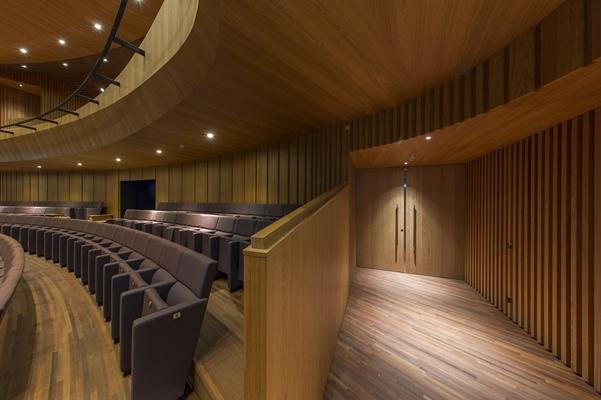 Verwol complete interieur realisatie | Singer theater ...