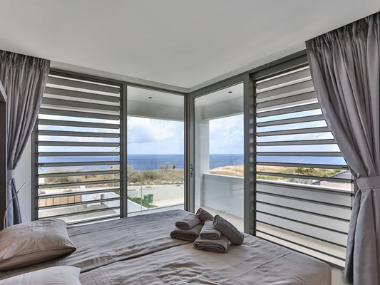 Moderne Strakke Slaapkamer : Artop riccavita moderne vakantievilla penthouse