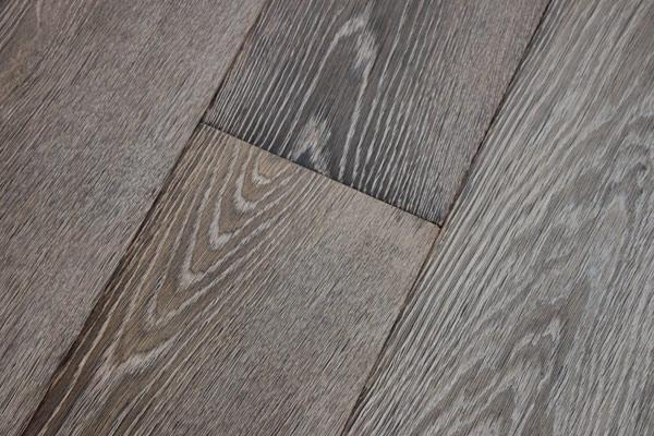 Unieke houten vloeren in amsterdam woonboerderij maja