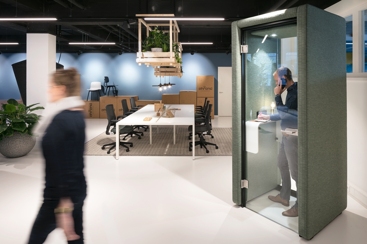 Ahrend Kantoormeubelen Rotterdam.Ahrend Design Hub Rotterdam Architectenweb Nl