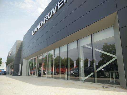 Primoclad B V Renovatie Showroom Jaguar Landrover Garage