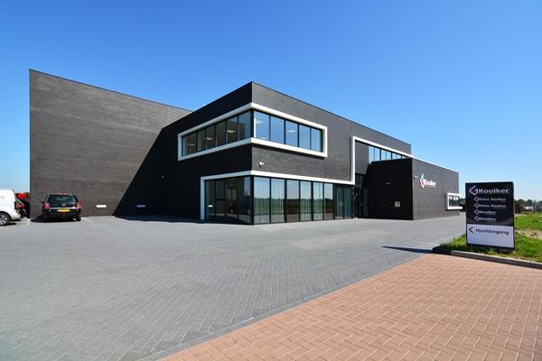 De Haan Staphorst.Buro De Haan Bedrijfspand Kooiker Staphorst Architectenweb Nl
