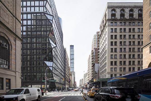 Slaapbank Manhattan Vd.Eerste Woongebouw Oma In Manhattan Gerealiseerd Architectenweb Nl
