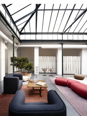 24 Design Stoelen.Mobelli Soft Seating True Design Sho Banken En Stoelen Serie