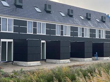 Houthandel Groeneveld Van Der Klift Bv Falconwood Lpp Boards Rabat 18x178 Mm Zwart Ral 9005 Architectenweb Nl
