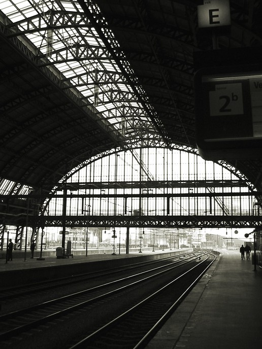 Centraal Station Amsterdam, stationshal