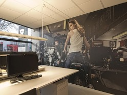 REV'IT! kiest voor interieur graphics MetroXL